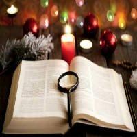 biblia navidad lupa
