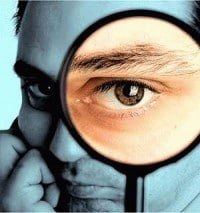 Ojos y cara que mira y busca