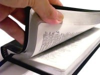 La Biblia - Bible aberta