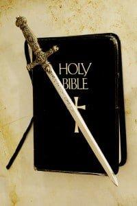 La Biblia la palabra de Dios la espada del Espiritu