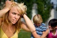 Mujer en problemas hijos