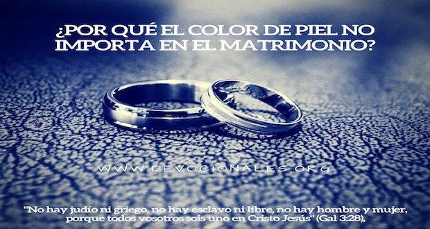 biblia-color-de-Piel-matrimonio
