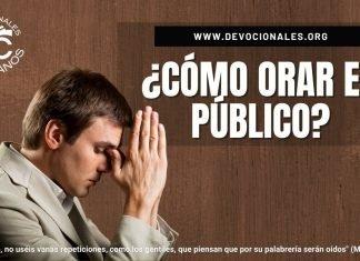 Como-orar-en-publico-segun-la-biblia-versiculos-biblicos